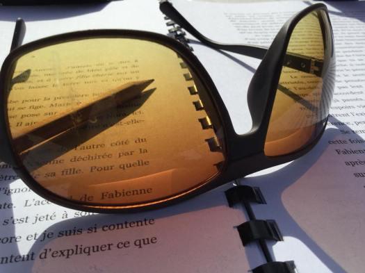 Relecture de roman au soleil