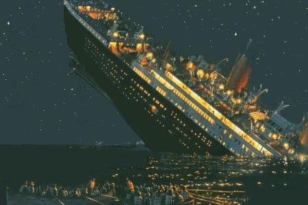 titanic-sinking-under-water-1912